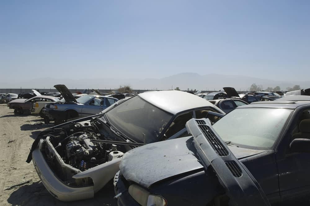 מגרש רכבים – הפתרון המיטבי עבור רכב מושבת